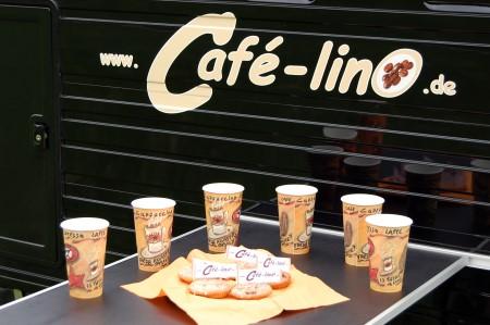 Café-linO - Tisch gedeckt im Espressomobil