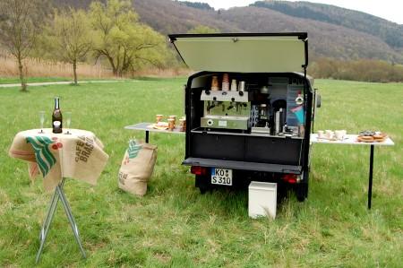 Café-linO - die Cafégäste können kommen